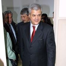 Nastase, premierul guvernului din umbra