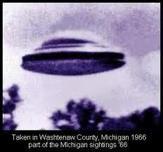 OZN-uri deasupra districtelor Livingston si Washtenaw din statul Michigan, SUA (3)