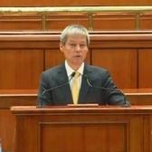 Dacian Ciolos  participa la Ora Premierului, prezentand situatia economica in fata Parlamentului