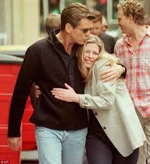 Drama prin care a trecut actorul Pierce Brosnan: sotia si fiica sa au fost rapuse de cancer ovarian