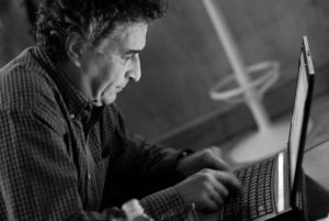 Gazetaria romaneasca, vazuta de un blogger: Ovidiu Balint