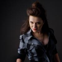 MAZDRUNKA (Luciana Raducanu) lanseaza single-ul Desen