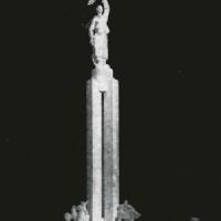 Monumentul Unirii care urma sa ridicat in Piata Bucur Obor, daca nu ar fi venit revolutia din 1989