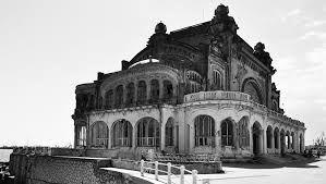 Ultima sansa pentru salvarea celei mai frumoase cladiri de pe litoralul romanesc al Marii Negre: Cazinoul din Constanta